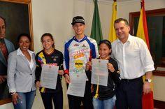 """""""Nos sentimos orgullosos de estos jóvenes bicicrosistas"""": Gobernador Sigifredo Salazar"""