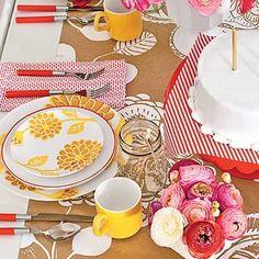 Create a Stunning Fall Hydrangea Arrangement Hydrangea Potted, Hydrangea Arrangements, Fall Arrangements, Birthday Table, Home Organization, Paint Colors, Home Improvement, Table Settings, Create