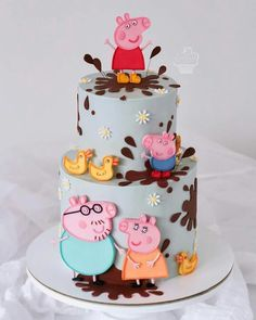 cake Peppa Pig can be a British isles toddler super-hero television set set directed plus Tortas Peppa Pig, Bolo Da Peppa Pig, Peppa Pig Birthday Cake, Birthday Cake Girls, Peppa Pig Cakes, 3rd Birthday, Birthday Celebration, Peppa Pig Party Supplies, Bolo Fack