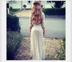 beautiful prom hair and dress