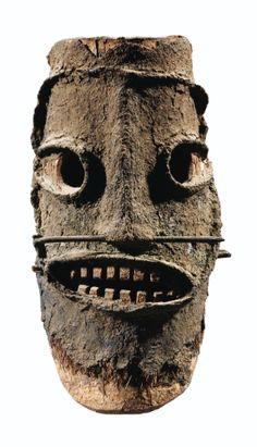 Tolai Mask, New Britain, Papua New Guinea Arte Tribal, Tribal Art, African Masks, African Art, New Britain, Statues, Art Premier, Head Mask, Art Sculpture