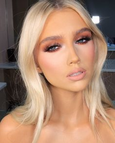 Brown Wigs Lace Hair Blonde Wig Short Black Hairstyles 2019 Dreadlocks Styles 2019 Ashy Brown Hair Color Posh Spice Wig Katy Perry With Long Hair Smart Haircut Bleach Blonde Hair, Dyed Blonde Hair, Hair Dye, Flawless Makeup, Gorgeous Makeup, Beauty Make-up, Hair Beauty, Smart Haircut, Blonde Hair With Fringe