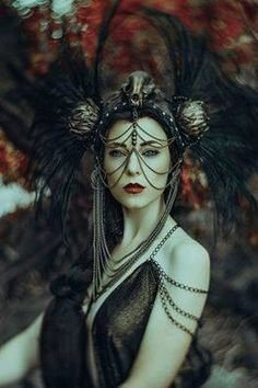 Elizabeth Mackenzie Photography Model / Costume: Jessica Dru Headdress: Miss G Designs   headpiece crown skull missgdesigns