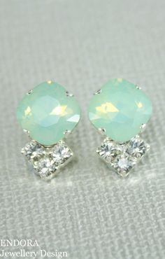 Mint green earringMint green opal earringMint by EndoraJewellery