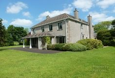 Property For Sale in Antrim, £350,000 to £500,000 - PropertyPal