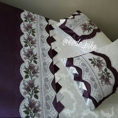 Sofa Pillows, Bed Sheets, Living Room Designs, Pillow Cases, Cross Stitch, Quilts, Blanket, Fabric, Handmade