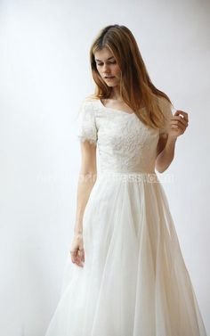 V-Neck Short Sleeve A-Line Tulle Wedding Dress With Lace Bodice - June  Bridals b67c476acc2b