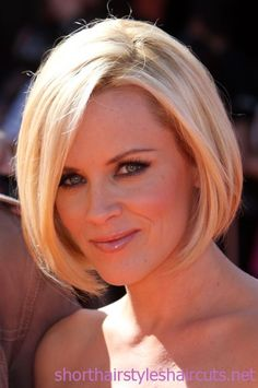 Jenny McCarthy Bob Short Hair...haircut scheduled for Wednesday...