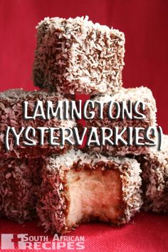 Australian Lamingtons Cake- sponge cake filled with jam, coated in chocolate & coconut. Very popular on AUSTRALIA DAY. Find this recipe at: www. South African Desserts, South African Dishes, South African Recipes, Aussie Food, Australian Food, Australian Recipes, Australian Icons, Scones, Valeur Nutritive