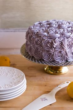 lemon layer cake with blueberry lavender buttercream - made this cake last night, only subbed meyer lemons and made a different frosting. Lavender Cake, Lemon Layer Cakes, Fudge Cake, Buttercream Cake, Creative Cakes, Kraut, How To Make Cake, Cupcake Cakes, Cupcakes