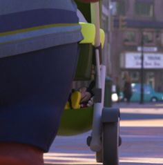 Here Are 5 Amazing Disney Easter Eggs Hidden in Zootopia | Oh, Snap! | Oh My Disney