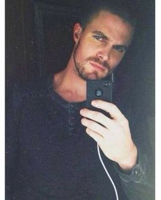 I've said this before, but it bears repeating☺︎ Oh, Canada. Thank you for the absolute gift that is Stephen Amell. Team Arrow, Arrow Tv, Tommy Merlyn, Oliver Queen Arrow, Stephen Amell Arrow, Felicity Smoak, Colton Haynes, Star Wars, Green Arrow