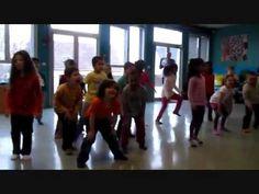 Restitution d'ateliers d'éveil aux danses et musiques d'Afrique Ecole maternelle - grande section