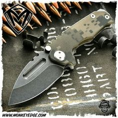 Medford Knives: Micro Praetorian G Drop Point - Digital Camo