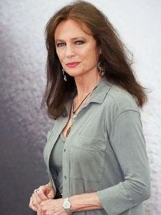 Miss You Already star Jacqueline Bisset: History of the . Casino Royale, English Actresses, Actors & Actresses, Classic Hollywood, Old Hollywood, Most Beautiful Women, Beautiful People, Casual Shorts Outfit, Jacqueline Bissett