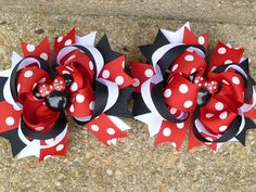 Minnie Mouse Deluxe Boutique Hair Bow Set So by sweetiepiehairbow, $16.99