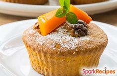 These wheat-free & dairy-free pumpkin cupcakes will make your Fall fun!  #fall #autumn #cupcakes
