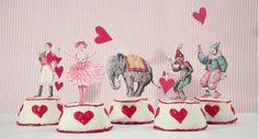 DIY circus cupcakes . Tiger in a jar . All Things Cupcake