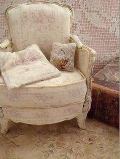 Miniature shabby chair  Shannon's mini blog