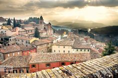 Italian village landscape by Luca Lorenzelli on 500px  #italian #landscape #tuscany #village #rimini #emiliaromagna #rooftop #roofs #architecture #landscape #venice #italy