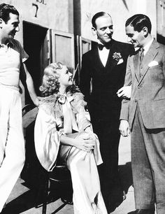 "Mark Sandrich, Ginger Rogers, Fred Astaire & Irving Berlin on the set of""Top Hat"" 1935 Old Hollywood Glamour, Hollywood Actor, Golden Age Of Hollywood, Vintage Hollywood, Hollywood Stars, Classic Hollywood, Hollywood Pictures, Hollywood Couples, Vintage Tv"