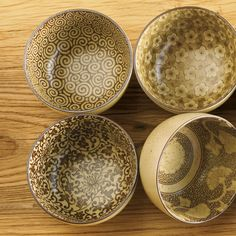 Japanese Imari Bowls These would make beautiful earrings and a pendant - more of a natural color scheme.