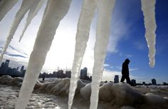 Fala mrozów w USA. Chicago skute lodem