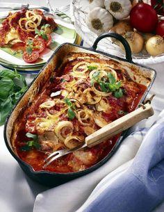 Unser beliebtes Rezept für Schnitzel-Kasserolle mit Tomaten & Speck und mehr als 55.000 weitere kostenlose Rezepte auf LECKER.de.