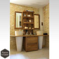 """""""Toba Crème"""" Vasque sur pied en Marbre beige de très bonne qualité. Cette pierre est solide, durable et donnera du prestige à votre salle de bain. Celles-ci peuvent aussi bien être utilisées en salle d'eau qu'en extérieur. En effet cette roche ne se dégrade pas dans le temps ! #vasque #salledebain"""