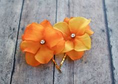 FALL WEDDING Flower Hair Clips - Orange Hydrangea Hair Pins (2 pcs), Bridesmaids Accessories, Hydrangea Floral Pins with Rhinestones Centers