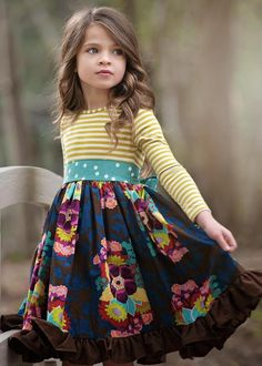 Festive children's fashion suitable for every occasion-Festliche Kindermode passend für jeden Anlass Festive Children's Fashion – Get a headache every time you think about choosing new clothes for your kids' next party - Fashion Kids, Little Girl Fashion, Little Girl Dresses, Girls Dresses, Dresses Dresses, Stylish Dresses, Party Fashion, Fall Fashion, Summer Dresses