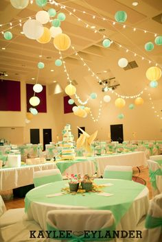I love a good DIY wedding. The kind like this amazing Circus themed wedding Reception. When we arrived at Bethany Assembly for the wedding, we were greeted by a Carnival Wedding, Tent Wedding, Diy Wedding, Wedding Reception, Party Ceiling Decorations, Baby Shower Decorations, Wedding Decorations, Carnival Themes, Circus Theme