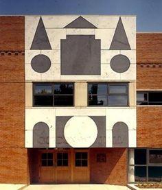 1991 laureate / Robert Venturi / Gordon Wu Hall - Entrance detail