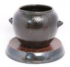 옹기 Traditional, Crafts, Home Decor, Manualidades, Decoration Home, Room Decor, Handmade Crafts, Craft, Crafting
