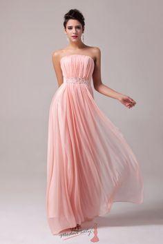 Romantické plesové šaty s čirými korálky
