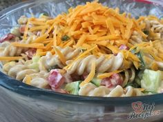 Recept Letní těstovinový salát s čedarem Pasta Salad, Cheddar, Cauliflower, Nom Nom, Cabbage, Food And Drink, Vegetables, Ethnic Recipes, Okra