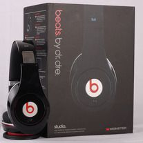 New beats by dre studio headphones    Color available : Black & White    NEW IN BOX    Please inform your color. If not we will send random color.    Extreme Comfort  Feel the music, not the headphones. Spacious earcups give you extra room for higher level of listening comfort. Plush ear cushions covered with ultra-soft breathable materials keep...