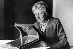 Annie Cannon: Cannon was an influential astronomer and the first woman to receive an honorary doctorate from Oxford.