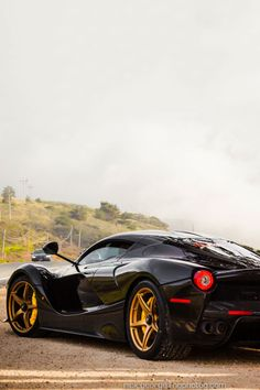 Black La Ferrari | ©| AOI