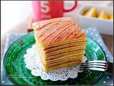 """其實只要簡單的重複烤2~3次蛋糕,再利用堆疊的方式,就可以做出像市面上販售的蜂蜜千層蛋糕。 歡迎大家常來Face Book ~ """"婷媽咪Sweet Tim..."""