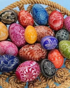 DIY, Decor, Easter Eggs, Etched Easter eggs  Here is a video regarding how to make etched Easter eggs.