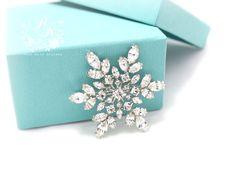 Ornement de flocon de neige broche en strass mariage, appliques de ceinture, boucle, peigne à cheveux, pochette de mariée bijoux Noël broche bijoux