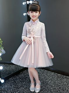 Cute Flower Girl Dresses, Baby Girl Party Dresses, Kids Outfits Girls, Little Girl Dresses, Baby Dress, Girls Dresses, Kids Dress Wear, Kids Gown, Dress Anak
