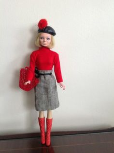 Vintage Teenage Doll Lady Penelope (Thunderbirds Series) Barbie/Sindy size
