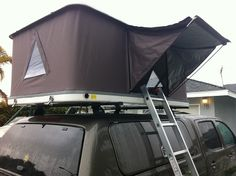 Hard Shell Roof Top Tent  (PREORDER PRICE)