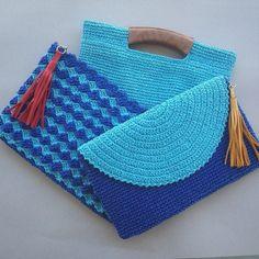 DISEÑO  A CROCHET Crochet Clutch Bags, Crochet Shoes, Crochet Handbags, Crochet Purses, Crochet Quilt, Tapestry Crochet, Crochet Motif, Knit Crochet, Crochet Flower Patterns