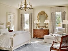a gorgeous and timelessly elegant Buckhead home! Mix and Chic: Inside a gorgeous and timelessly elegant Buckhead home!Mix and Chic: Inside a gorgeous and timelessly elegant Buckhead home! Elegant Home Decor, Elegant Homes, Home Decor Bedroom, Bedroom Furniture, Luxury Furniture, Bedroom Ideas, Traditional Decor, Traditional Homes, Traditional Kitchens