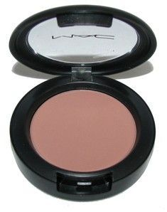 Best Ideas For Makeup Tutorials : MAC Harmony Blush (Matte)…Perfect for Contour or Use as a Blush or Bronzer. A … - moremakeup_pintennium Mac Makeup, Love Makeup, Makeup Contouring, Makeup Eyes, All Things Beauty, Beauty Make Up, Beauty Nails, Beauty Skin, Mac Chatterbox