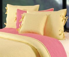 Decorating With The Pink Yellow Color Combination