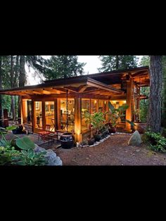 The Tiny House Movement This would be a lovely little getaway spot! The post The Tiny House Movement appeared first on Architecture Diy. Modern Tiny House, Tiny House Living, Tiny House Design, Cabin Design, Life Design, Small Living, Living Area, Living Spaces, Tiny House Movement